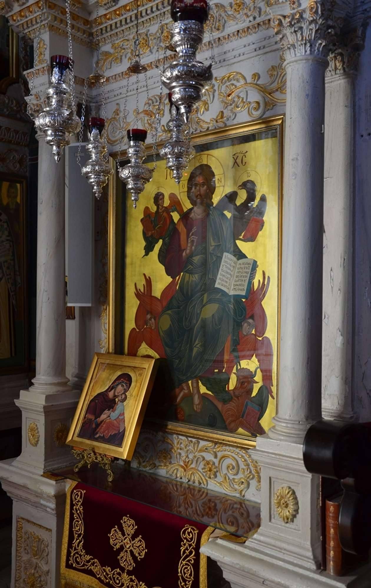 Почитаемая икона Спасителя в монастыре Пантократор