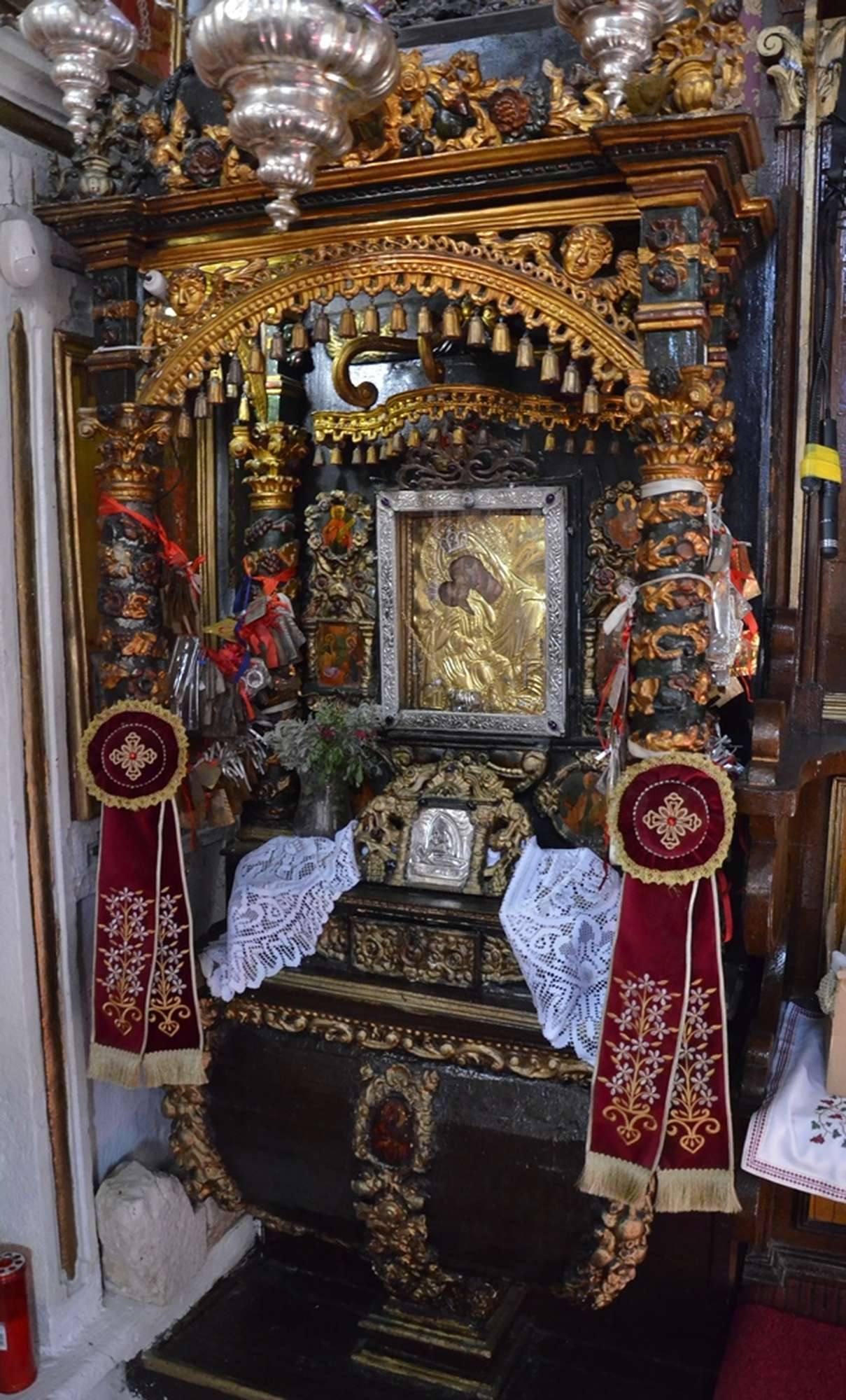 Чудотворная икона Пресвятой Богородицы Миртидиотиссы